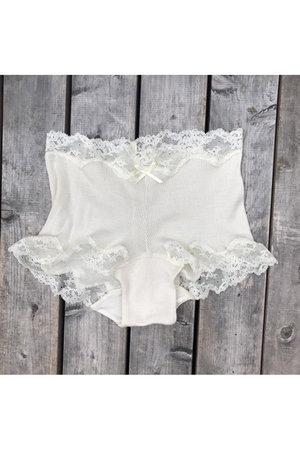 絹糸紡シルク 1分丈ショーツ月白(染なし)