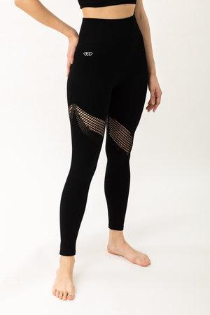 Sexy in Black leggings